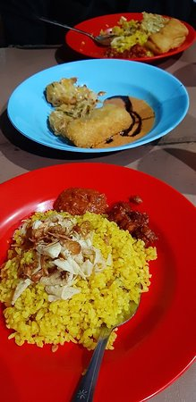 Nasi Kuning Pungkur : kuning, pungkur, KUNING, PUNGKUR, Bandung, Restaurant, Reviews,, Photos, Phone, Number, Tripadvisor
