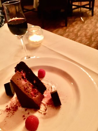 Dessert Plating - Picture of Stephanie Inn Dining Room ...