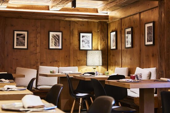 With the lights dimmed low and a spectacular show, embark on a culinary journey of extraordinary mediterranean aromas and tastes. Alpine Restaurant Cortina D Ampezzo Restaurant Reviews Photos Phone Number Tripadvisor