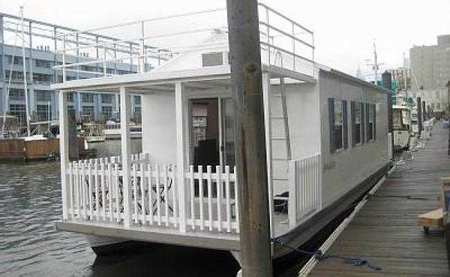 Houseboat Pisces Tiny House Living In A Big City Updated