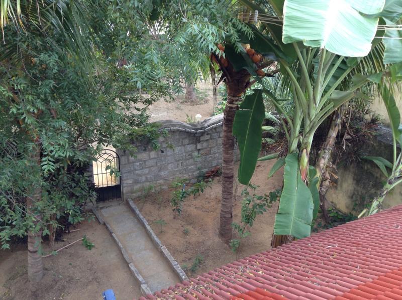Village Villa Classic Bedroom Has Private Yard And Patio