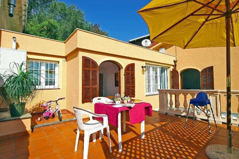 Villa Chiara Poggi  Tworoom apartment with terrace