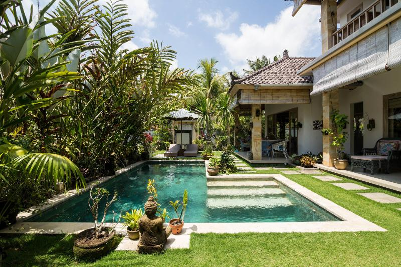 Bungalow Jepun In The Ricefields Of Ubud With Pool Updated
