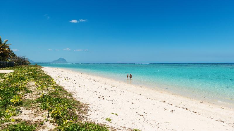 6 avis et 32 photos pour Cap Ouest Luxury Beachfront Apt Couples offer  TripAdvisor  Flic