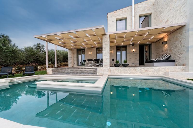 faidra s olive grove luxury villa has