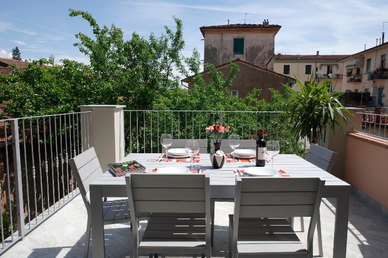 LA TERRAZZA  Wifi amazing location and terrace  UPDATED 2019  Holiday Rental in Lucca