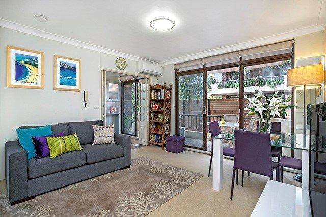 sofa studio crows nest sydney le corbusier sleeper cn016 fully furnished executive apartment easy tripadvisor