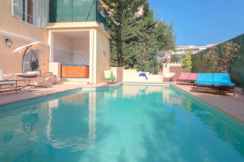 Villa 7 chambres piscine chauffee jacuzzi centre UPDATED 2019  TripAdvisor  Cannes Vacation Rental