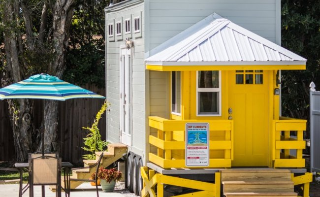 Tiny House Siesta Yellow Lifeguard Stand Tiny House