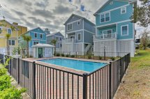 myrtle beach home with pool access
