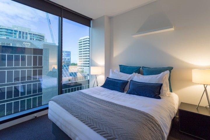 Wyndel Apartments St Kilda Views 2 Bedroom