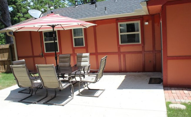 Little Rock House Near Baptist Health Has Patio And Washer