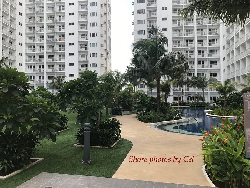 Moa Complex Shore Residences 1 Bedroom Furnished Condo
