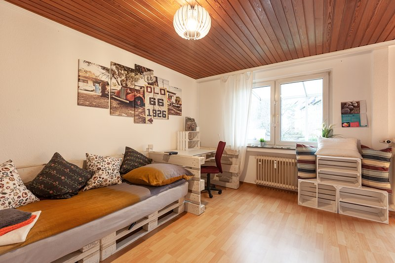 Holz Suite UPDATED 2019: 1 Bedroom Apartment in Wuppertal with