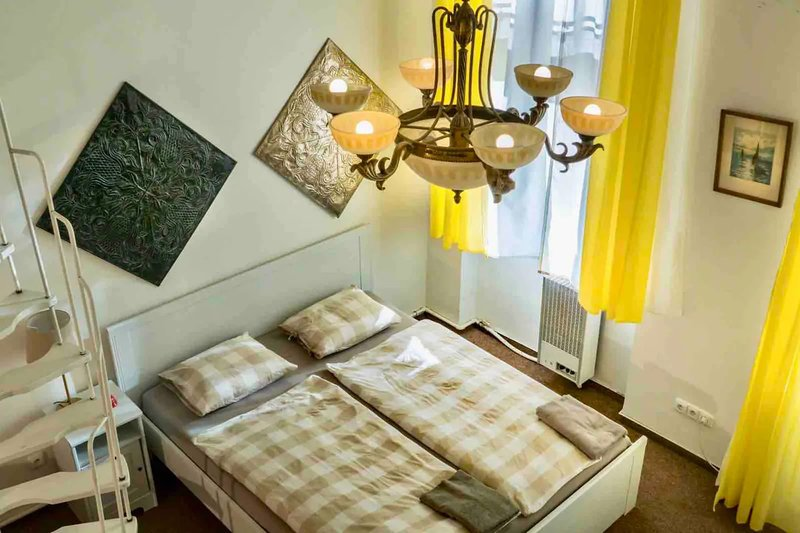 Comfortable 2 Bedroom Apartment Near The Centre Updated 2019