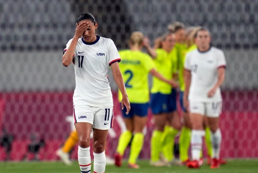 U.S. women's soccer team falls to Sweden in Olympic opener 2