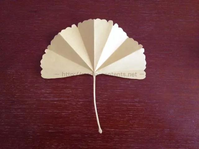 折り紙のいちょうの折り方!切り方で表情が変わります♪