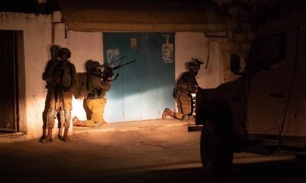 Fuerzas israelíes arrestan a 17 palestinos en Cisjordania.