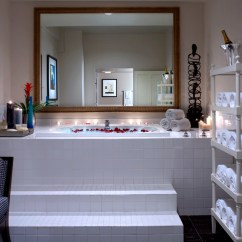 Hotels With Full Kitchens In Orlando Florida Kitchen Cabinet Packages 11 Jacuzzi Room For Your Next Romantic Getaway Alexis Hotel Seattle Garden Spa Suite
