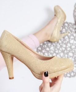 Pantofi Ciulia aurii cu toc