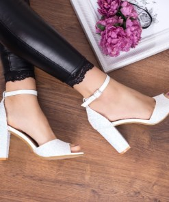 Sandale Tilati albe cu toc elegante