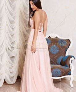 Rochie Ana Radu rosa de lux in clos din tul captusita pe interior cu bust buretat