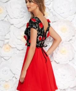 Rochie StarShinerS rosie de ocazie in clos brodata din voal cu decolteu in v cu aplicatii florale cu efect 3d