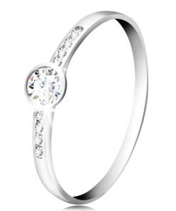 Bijuterii eshop - Inel din aur alba14K - zirconiu rotunda transparent, dungi fine din zirconii pe laterale GG58.19/22 - Marime inel: 54