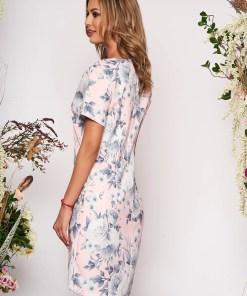 Rochie roz deschis scurta eleganta din scuba cu croi in a cu buzunare cu maneci scurte si imprimeu floral