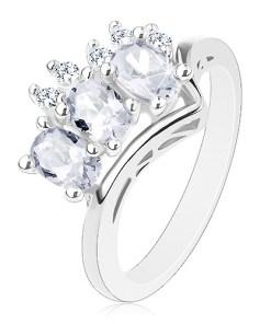 Inel strălucitor argintiu, grup de trei ovaluri transparente și zirconii rotunde - Marime inel: 56