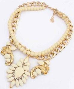 Colier elegant auriu cu pietre crem