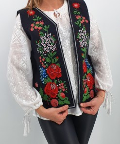 Vesta brodata cu model traditional Angi
