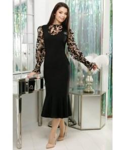 Rochie Lorelay neagra accesorizata cu bluza din tull bej cu insertii de catifea