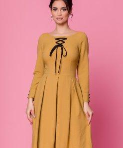 Rochie Moze galben mustar clos cu snur negru la decolteu - rochii stil vintage