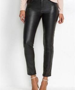 Pantaloni mulați din imitație de piele - negru