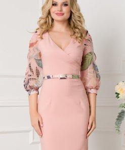 Rochie roz pal cu maneci trei sferturi din voal cu imprimeu floral