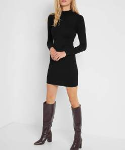 Rochie mulată de tricot Negru