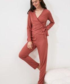 Pijama cu model petrecut si aspect striat 3336746