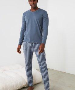 Pijama cu pantaloni lungi si model in dungi 3353977