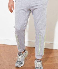 Pantaloni sport slim fit cu snur in talie 3502308