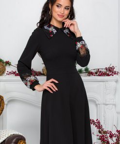 Rochie Moze neagra cu broderie florala la guler si maneci