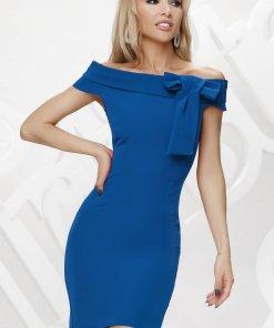 Rochie Artista albastra scurta pe umeri de ocazie accesorizata cu o fundita