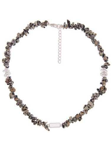 Leslii Halskette mit Steinsplittern