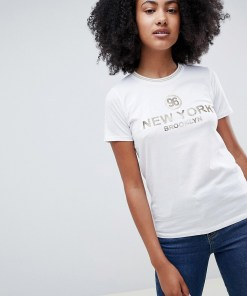 New Look - T-Shirt mit New York-Slogan - Weiß