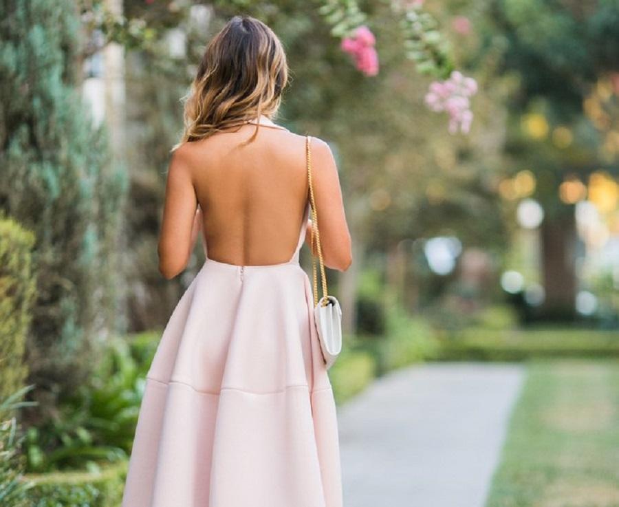 Was Tragt Man Zu Einem Ruckenfreien Kleid Stylishcircle Deutschland