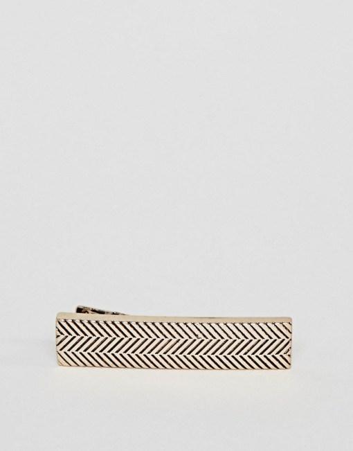 Icon Brand - Krawattennadel in Altgold mit Chevrondesign - Gold