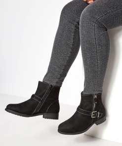 GroBe Größen Black Buckled Ankle Boots In EEE Fit YC