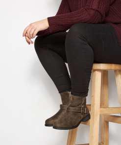 GroBe Größen Brown Buckled Ankle Boots In EEE Fit YC