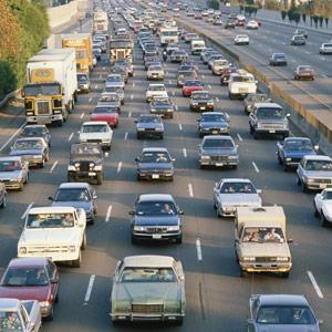 Los Angeles, Calif., traffic on Interstate 405 © VisionsofAmerica/Joe Sohm/Digital Vision/Getty Images