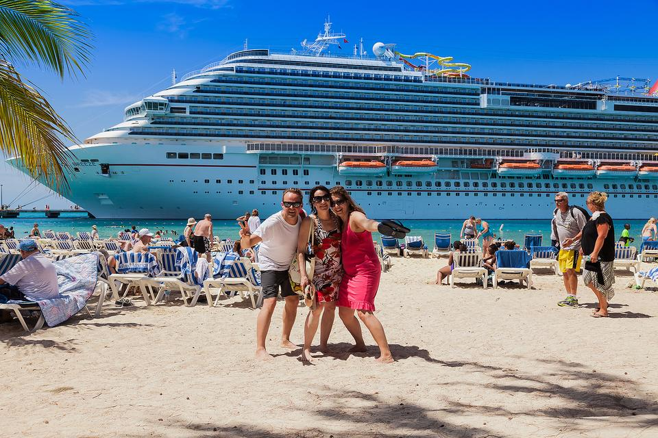 Cruise Tips Erik The Travel Guy S Advice For Cruising During Hurricane Season Vacation Planning 30seconds Travel